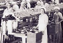 Women cannery workers in Astoria