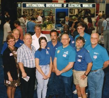 Left Front – Sandy Bruce, Ed Barnes, Gayle Lee, Bruce Zimmerman, Keith Millican; Left Back – Fred Vogel, Jerry Bruce, Jim Lee, Jon Vandermosten, Ricky Brame, Phil Parker (IBEW 48)