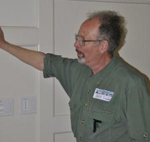 Labor historian Norm Diamond led discussion about PNLHA's future.